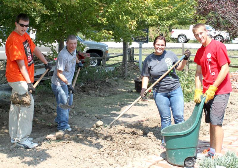 2012 HU Volunteer Plunge
