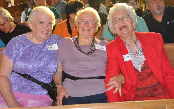 L-r: Audrey Federlein, Kathy Jones, and Shirley Fretz.