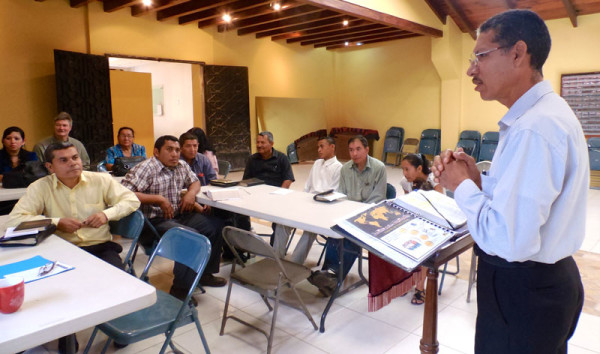 BILD training in District 8 of Honduras Conference.