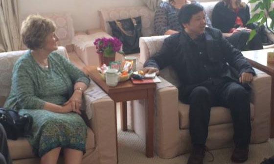 President Emberton meeting with Principal Sun at Tong Sheng Hu Experimental School in Hunan Province.