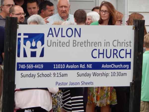 avlon-sign800
