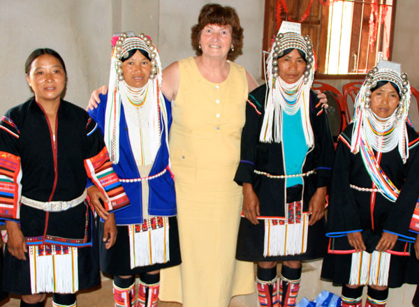 Donna in northern Thailand with Akha women.